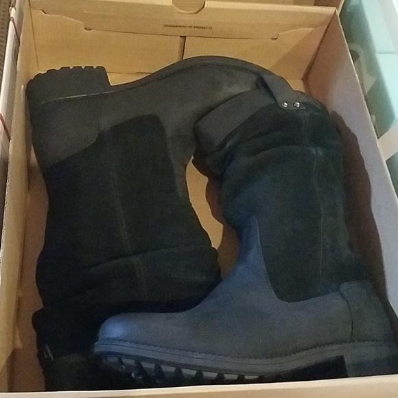 b1880d96686 Ugh Bruckner water resistant sloth boot Black 8M